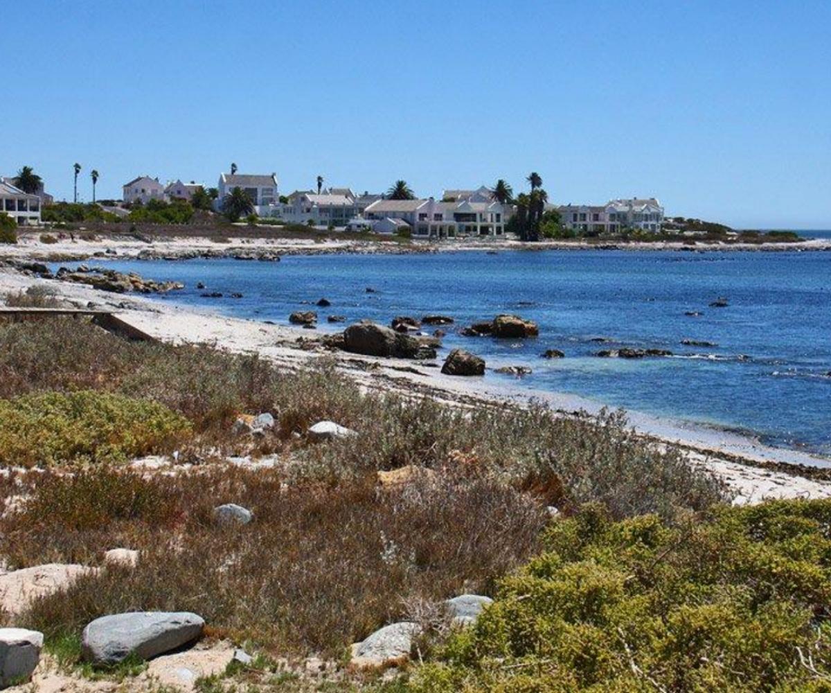 Shelly Point Beach